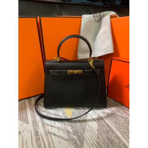 Hermes AAA Quality Messenger Bags For Women #833892
