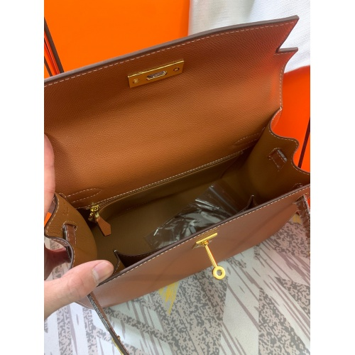 Replica Hermes AAA Quality Messenger Bags For Women #833895 $125.00 USD for Wholesale