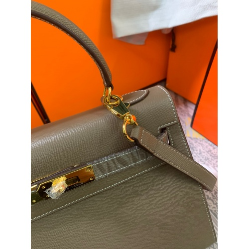 Replica Hermes AAA Quality Messenger Bags For Women #833897 $125.00 USD for Wholesale