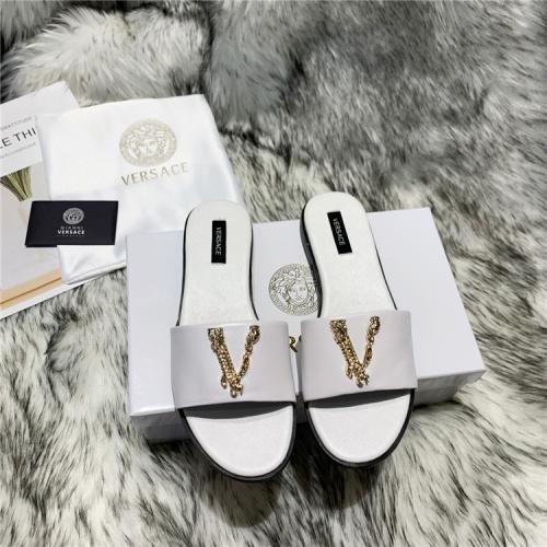 Versace Slippers For Women #833952