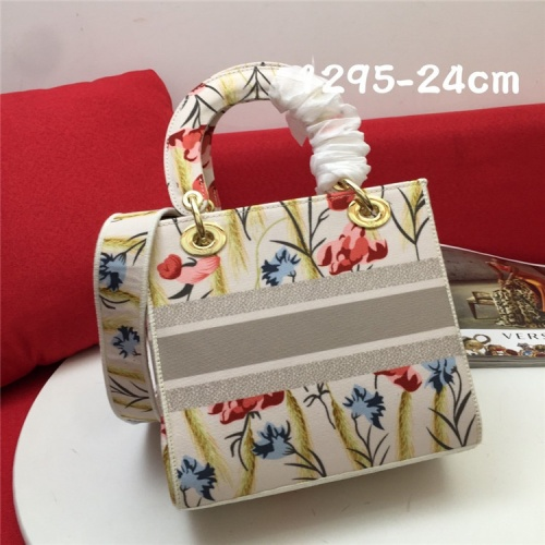 Replica Christian Dior AAA Quality Handbags For Women #834377 $96.00 USD for Wholesale