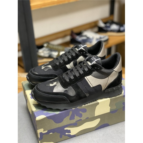 Valentino Casual Shoes For Men #834624