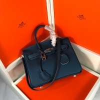 $126.00 USD Hermes AAA Quality Handbags For Women #828598