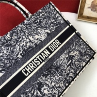 $80.00 USD Christian Dior AAA Quality Tote-Handbags For Women #829840