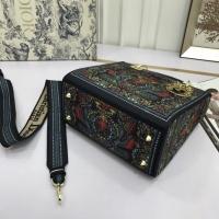 $96.00 USD Christian Dior AAA Quality Handbags For Women #831920