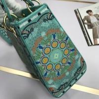 $96.00 USD Christian Dior AAA Quality Handbags For Women #831922