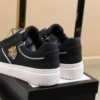 $82.00 USD Versace Casual Shoes For Men #832727