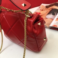 $105.00 USD Valentino AAA Quality Messenger Bags For Women #833857