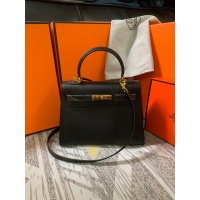 $125.00 USD Hermes AAA Quality Messenger Bags For Women #833892