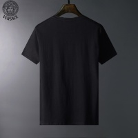 $23.00 USD Versace T-Shirts Short Sleeved For Men #834101