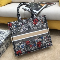 $76.00 USD Christian Dior AAA Quality Tote-Handbags For Women #834339
