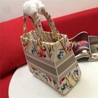 $96.00 USD Christian Dior AAA Quality Handbags For Women #834377