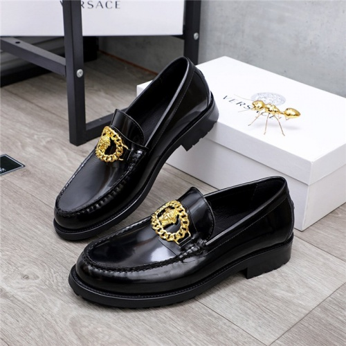 Versace Casual Shoes For Men #834949