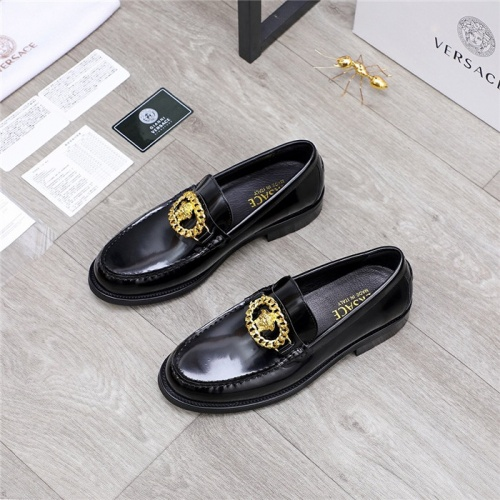 Replica Versace Casual Shoes For Men #834949 $80.00 USD for Wholesale