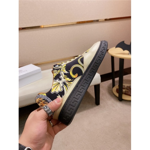 Replica Versace Casual Shoes For Men #835007 $76.00 USD for Wholesale