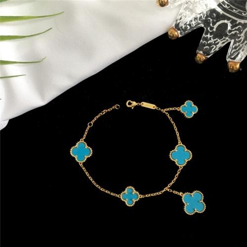 Van Cleef & Arpels Bracelets For Women #835364