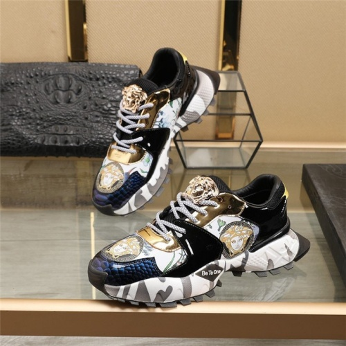 Versace Casual Shoes For Men #835552