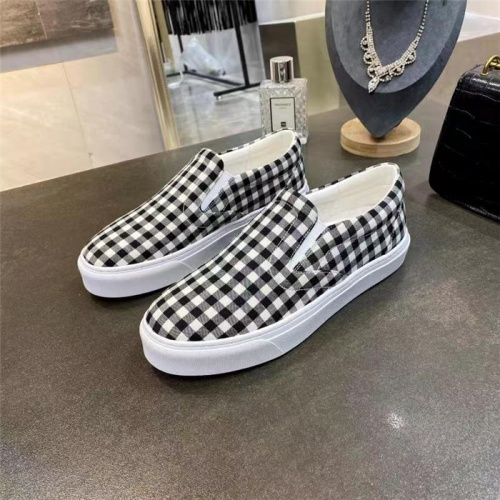 Burberry Casual Shoes For Men #835762