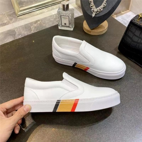 Burberry Casual Shoes For Men #835767