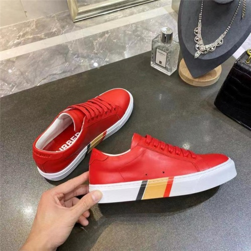 Burberry Casual Shoes For Men #835769
