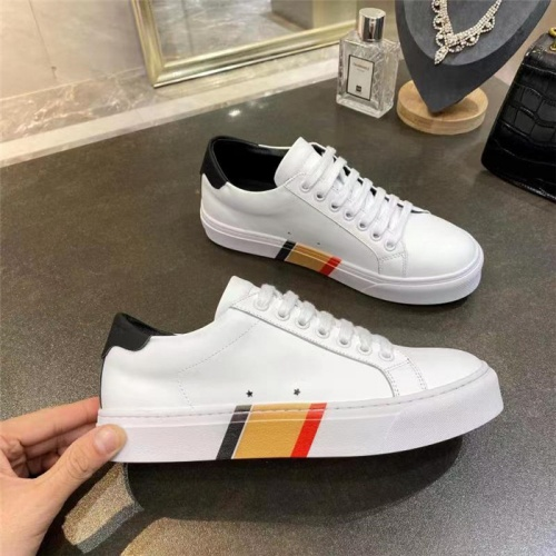 Burberry Casual Shoes For Men #835770