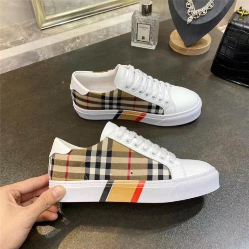 Burberry Casual Shoes For Men #835771