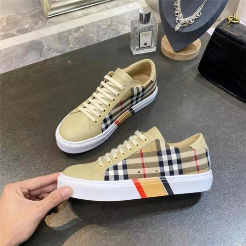 Burberry Casual Shoes For Women #835799