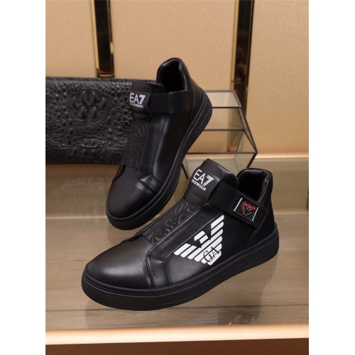 Armani Casual Shoes For Men #836065