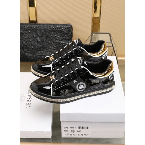 Replica Versace Casual Shoes For Men #836069 $80.00 USD for Wholesale