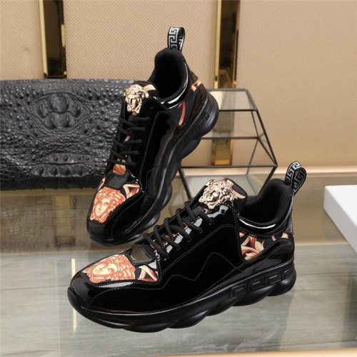 Versace Casual Shoes For Men #836071