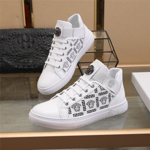 Versace Casual Shoes For Men #836076 $85.00 USD, Wholesale Replica Versace Casual Shoes