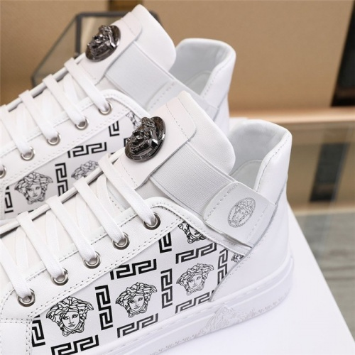 Replica Versace Casual Shoes For Men #836076 $85.00 USD for Wholesale