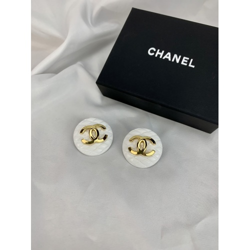 Christian Dior Earrings #836114