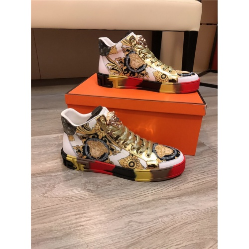 Versace High Tops Shoes For Men #836634