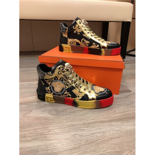 Versace High Tops Shoes For Men #836635
