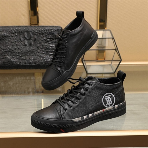 Burberry Casual Shoes For Men #836655