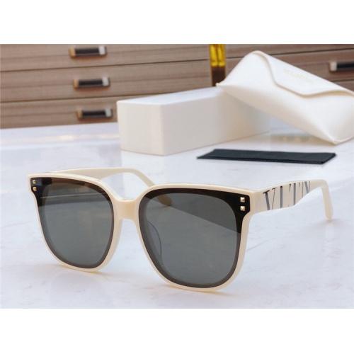 Valentino AAA Quality Sunglasses #836735 $48.00 USD, Wholesale Replica Valentino AAA Sunglasses