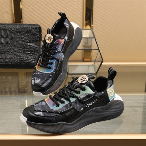 Versace Casual Shoes For Men #836764