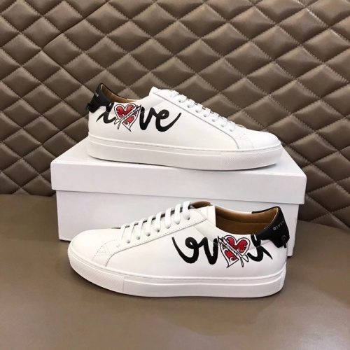 Givenchy Casual Shoes For Men #836982