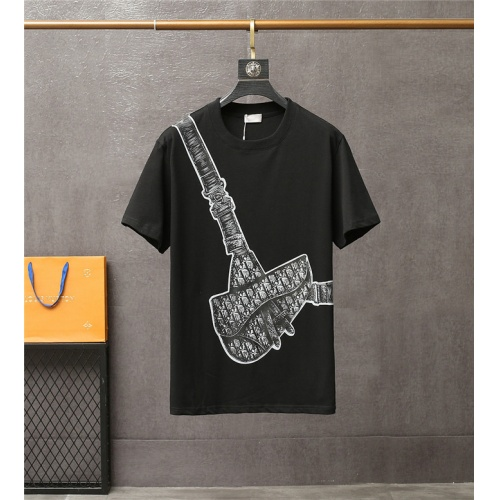 Christian Dior T-Shirts Short Sleeved For Men #837119