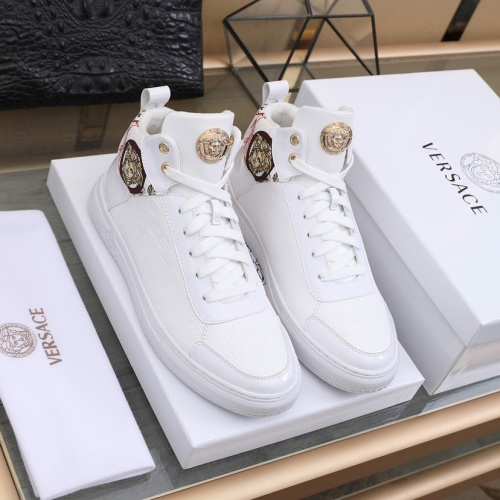 Versace High Tops Shoes For Men #837130