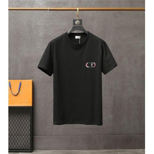 Christian Dior T-Shirts Short Sleeved For Men #837163