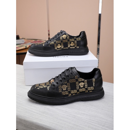 Versace Fashion Shoes For Men #837363