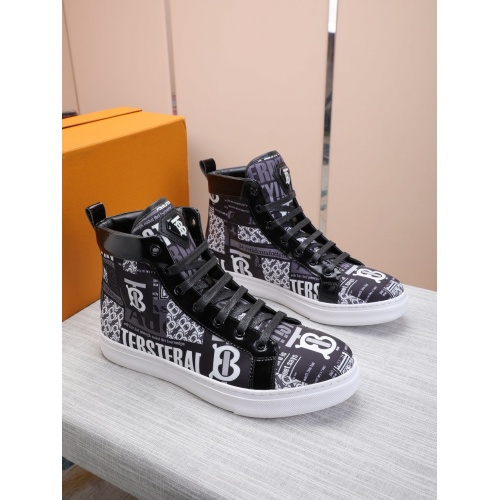 Burberry High Tops Shoes For Men #837365