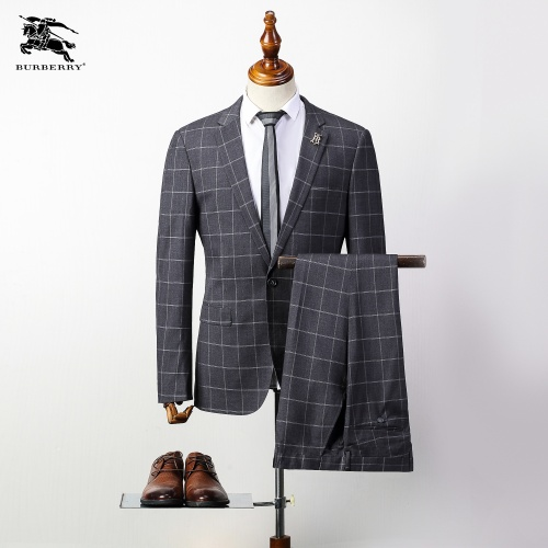 Burberry Two-Piece Suits Long Sleeved For Men #837647