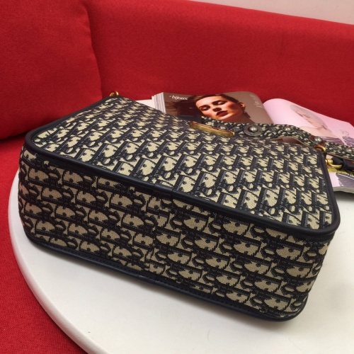 Replica Christian Dior AAA Quality Messenger Bags For Women #837710 $105.00 USD for Wholesale