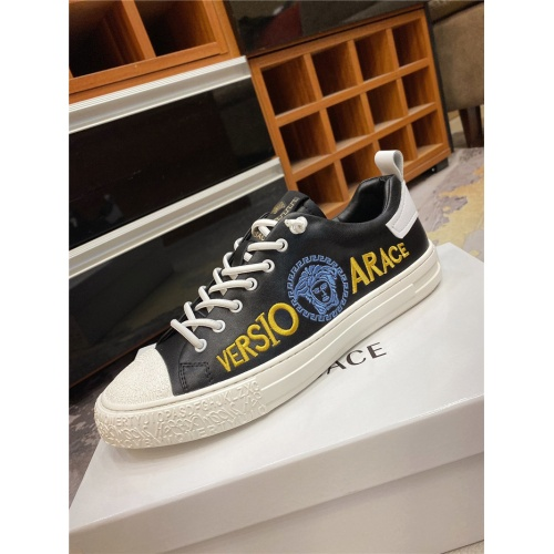 Replica Versace Casual Shoes For Men #838289 $72.00 USD for Wholesale