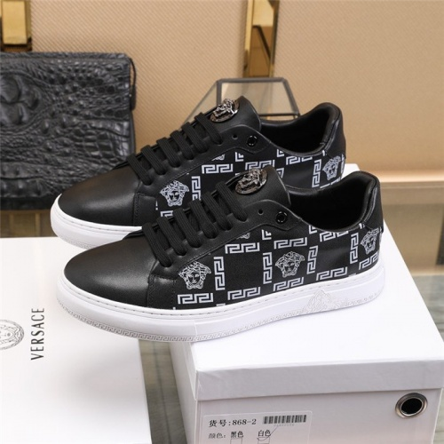 Replica Versace Casual Shoes For Men #838334 $82.00 USD for Wholesale
