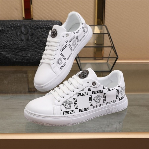 Versace Casual Shoes For Men #838335 $82.00 USD, Wholesale Replica Versace Casual Shoes