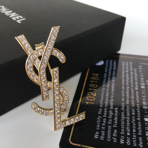 Yves Saint Laurent Brooches #838441